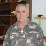 ЮРИЙ Аверкиев - учитель трудового обучения коррекционной школы-интерната.