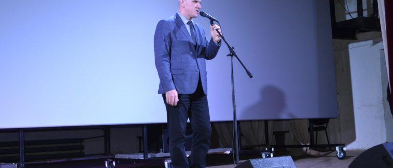 8 декабря в Емве состоялось торжественное открытие обновленного кинозала районного Дома культуры.