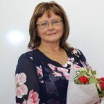 Вот уже тридцать лет открывает дорогу в мир знаний в сред- ней школе № 2 г. Емва учительница начальных классов Любовь Андреевна КУЧМЕНЕВА