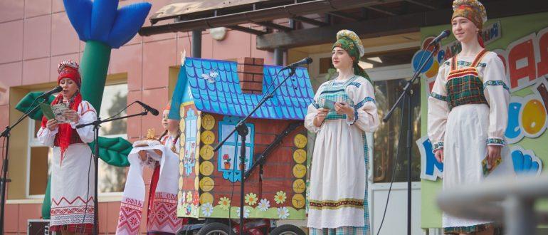 В Емве прошел «Парад колясок»