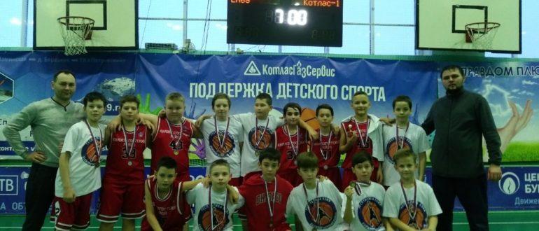 Команда юношей Княжпогостского района в ожесточенной борьбе остановилась на третьей строчке турнирной таблицы