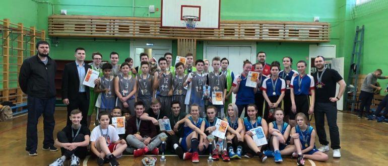 7 ДЕКАБРЯ в спортивном зале МБОУ «СОШ № 1» г. Емва состоялся муниципальный этап школьной баскетбольной лиги.