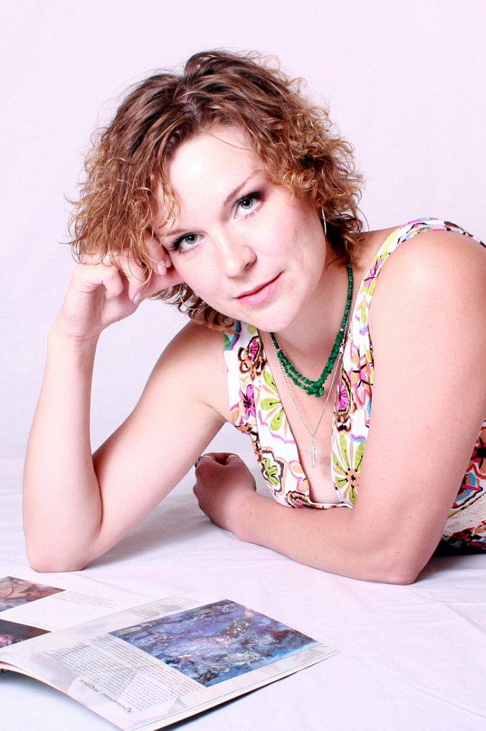 Юлия Григорьева - преподаватель художественного отделения Детской школы искусств г. Емва